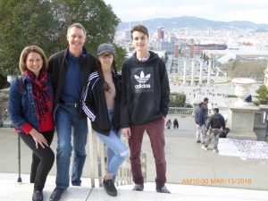 Photo of Cels family together on vacation